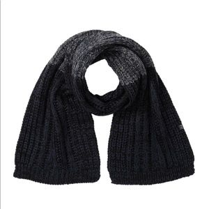Bickley + Mitchell Chunky Knit Scarf